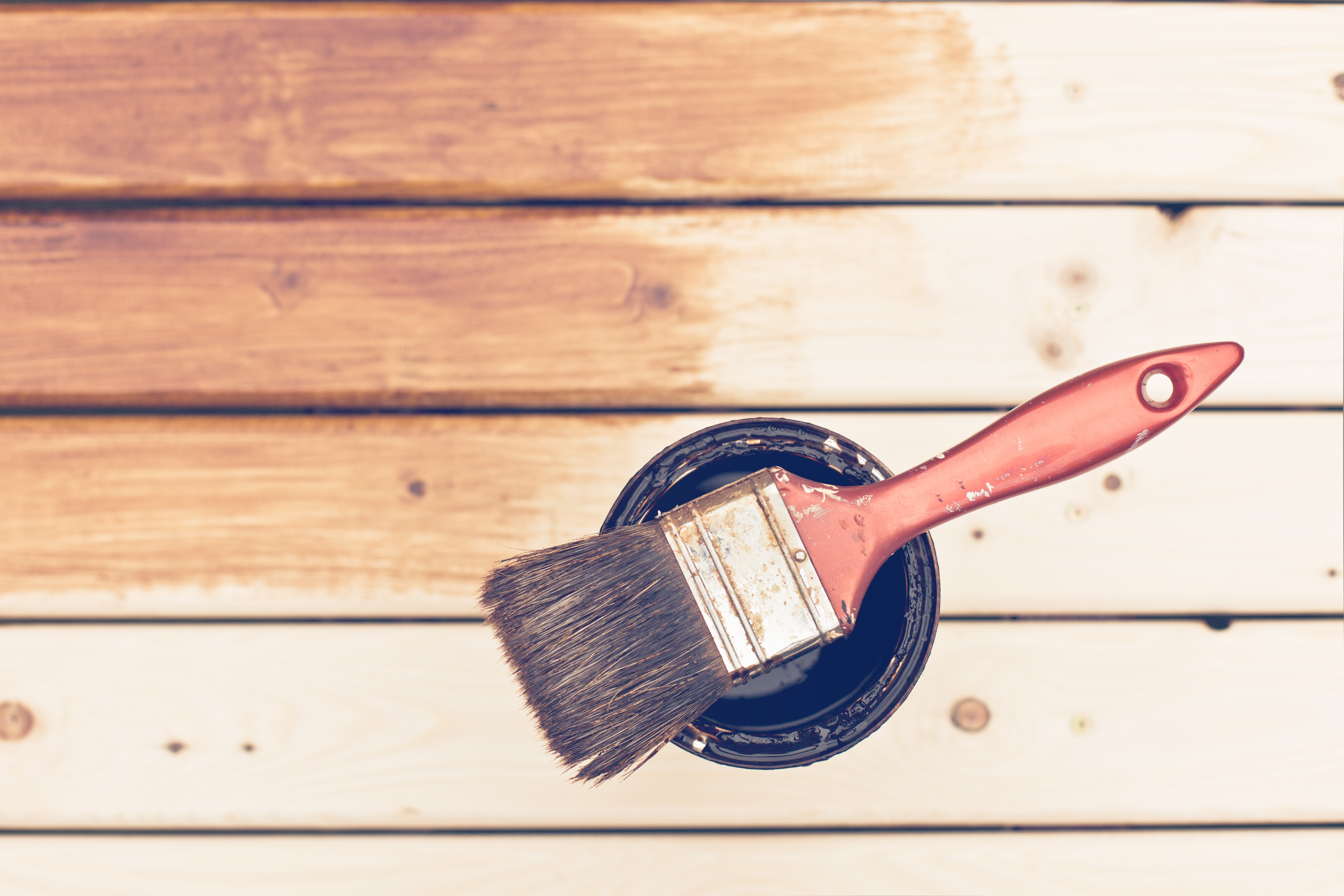 Come restaurare un mobile in legno tilas industra vernici 1957 - Restaurare un mobile in legno ...
